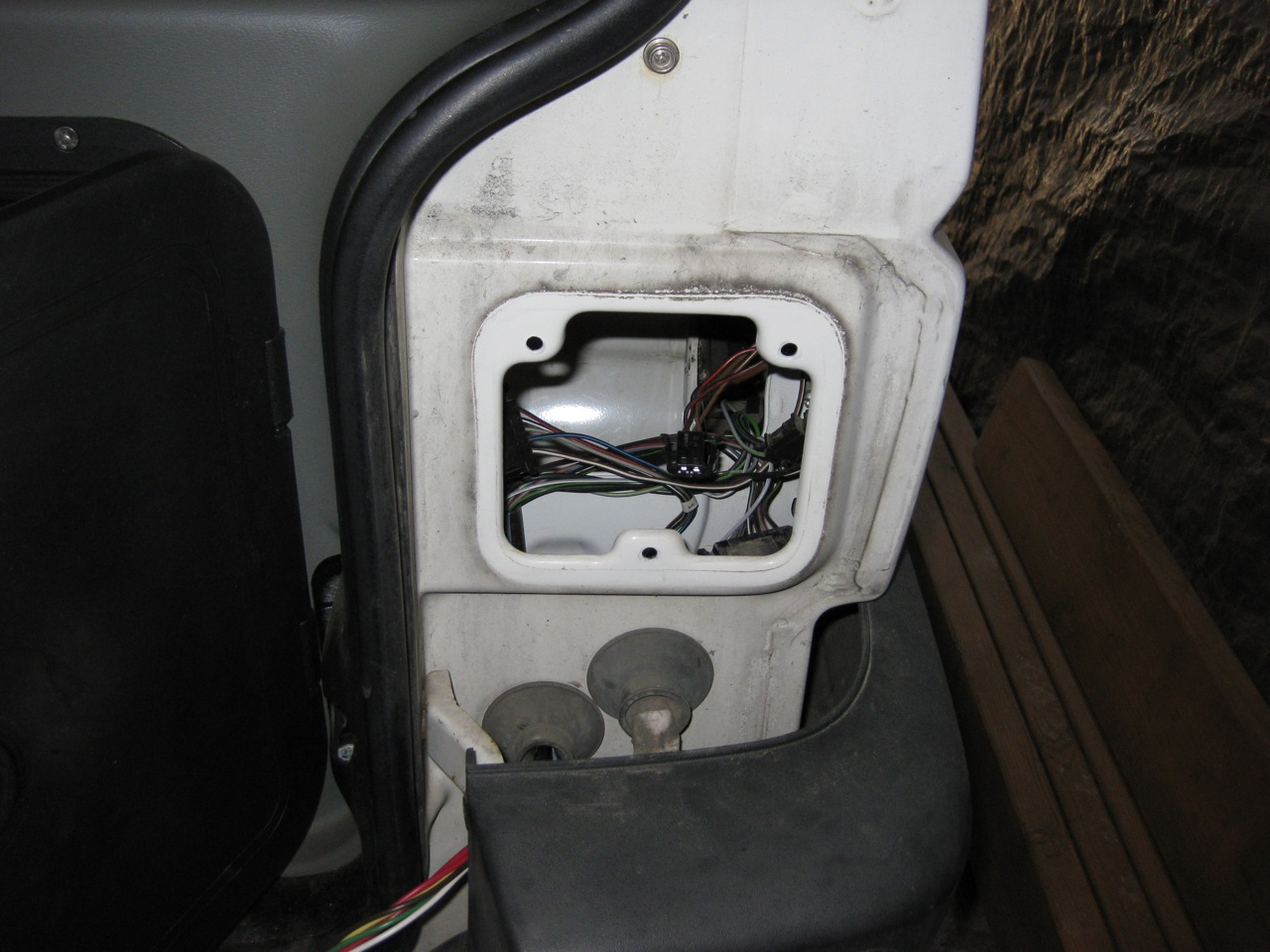 Trailer Wiring Eurovan Stuff Rear Lights Use The Cold Shrink Tape To Bundle Up All Your Wires Neat And Tidy Run From Adapter Taillight Following Route Of Existing